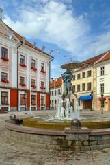 Fountain Kissing Students, Tartu, Estonia