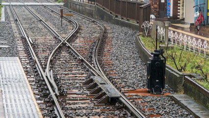 Wall Murals Railroad 雨の日の分岐器