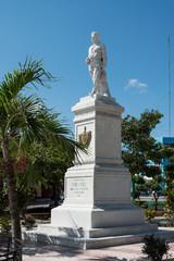 """Kuba, Guantanamo;  Statue  """" General Pedro Augustin Perez """"  im Park  Jose Marti."""