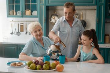Child visiting grandparents