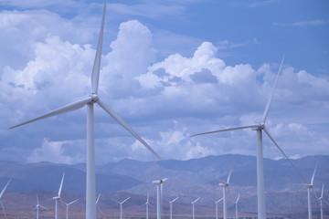 再生可能エネルギーの中の風力発電を担う風車