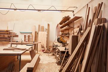 Leere Werkstatt in einer Schreinerei