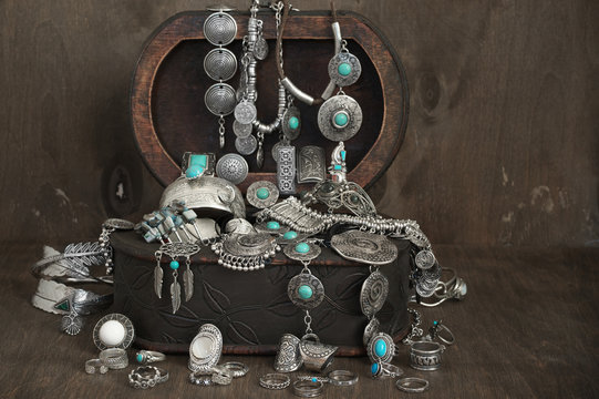 Bohemian style jewelry set in box
