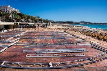 Bauarbeiten am Strand von Cannes, Frankreich