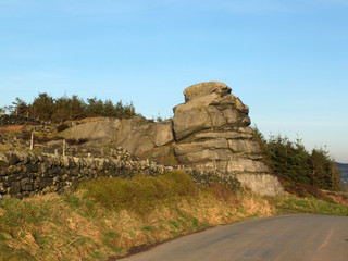 great rock a large gritstone outcrop in west yorkshire near todmorden