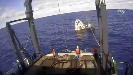An unmanned capsule of the SpaceX Crew Dragon spacecraft after splashed down into the Atlantic Ocean
