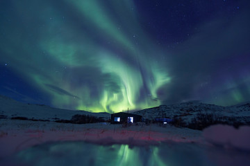Papiers peints Aurore polaire Northern lights on the Kola Peninsula