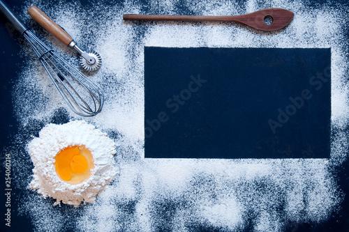 Sfondo con il rettangolo scuro per il blog della cucina con la ...