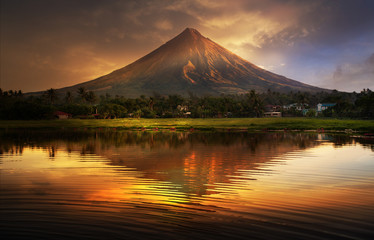 Mayon Volcano , Philippines Fototapete