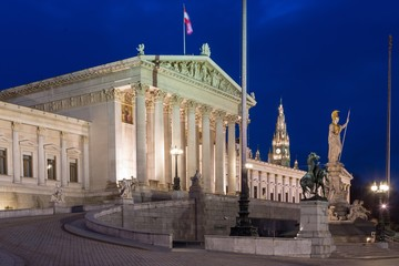 Photo sur Plexiglas Commemoratif Parliament building, Austrian Parliament at dusk, Vienna, Austria, Europe