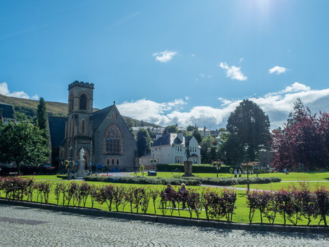 church in fort william scotland on a sunny day