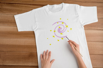 Decorate a blank white t-shirt