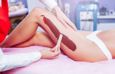 Spa chocolate mask for legs luxury treatment