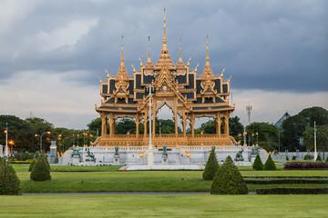 Memorial Crowns of the Auspice in Bangkok