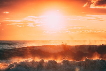 Sun Shining Over Horizon At Sunset Or Sunrise. Evening Sea. Ocean Waves In Warm Colors Sunset Sunrise Sky Lights