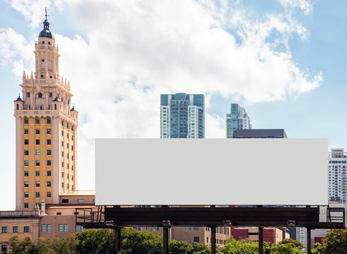 Empty white Billboard for presentation your design, Retail, advertising and commerce concept. Urban outdoor mockup.