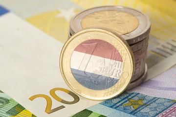 Fototapeta Euro Geldscheine und Münzen und Flagge von Holland