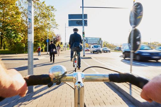 Radfahrer Gefahr Ampel Fahrradweg