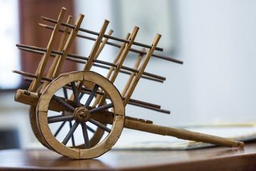 Modellino di Carro in legno