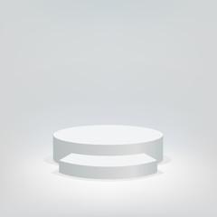 Concept de la réussite avec un podium blanc sur fond blanc, pour présenter un événement exeptionnel et distribuer des trophées aux vainqueurs.