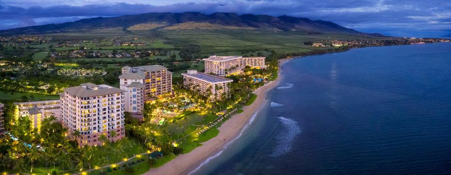 Maui resorts next to beach