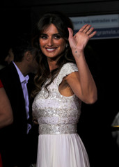 """Actor Penelope Cruz waves during the premiere of her latest film """"Pain and Glory"""" in Madrid"""