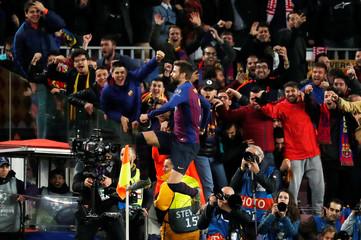 Champions League - Round of 16 Second Leg - FC Barcelona v Olympique Lyonnais