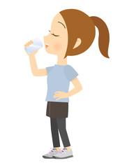 水を飲む女性 全身 01