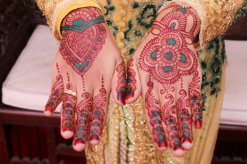 hena decorative on hand women