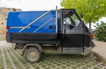 typical vehicle transporter in Italy