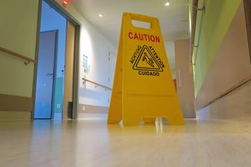 nettoyage couloir hôpital