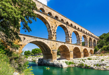 Obraz Nimes, France. Pont du Gard. - fototapety do salonu