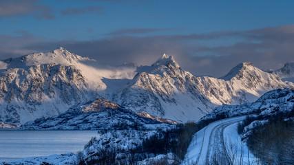 Through frozen lands - Durch gefrorende Landschaften