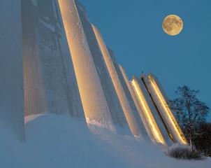 Norwegen Tromso Eisbergkathedrale Nacht