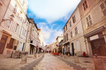 Obraz Street - Rue St Jean du Perot in La Rochelle - fototapety do salonu