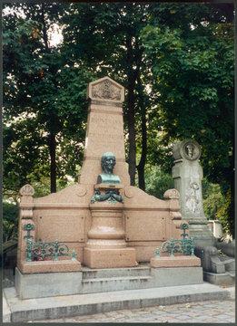 Grave of Hehnemann
