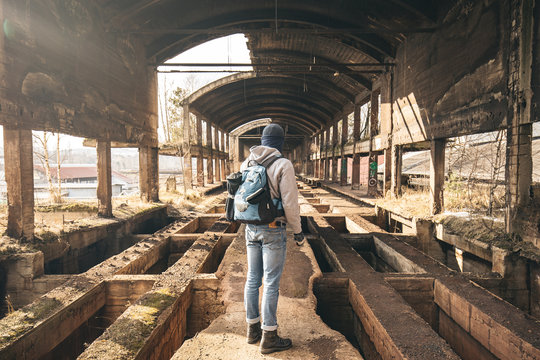 guy exloring an old factory in ruin, Urban exploration urbex