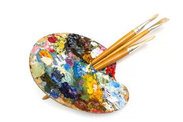 pallette with brushes