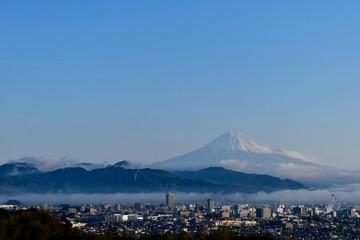 富士山が見える街〜A city with a view of Mt.Fuji.