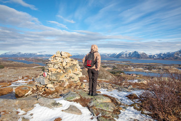 On a hike to Vikerfjellet