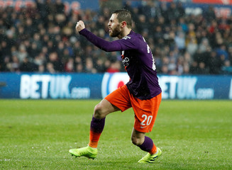 FA Cup Quarter Final - Swansea City v Manchester City