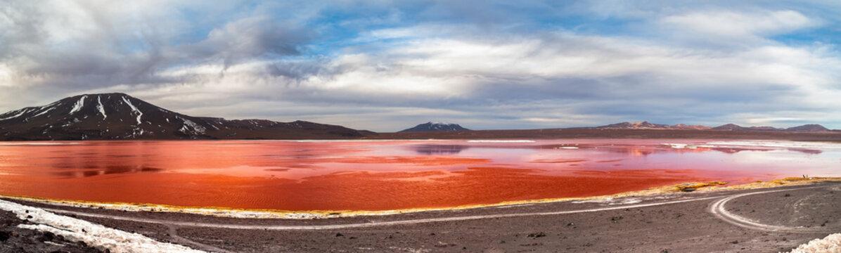 Colored Lagoon (Laguna Colorada)