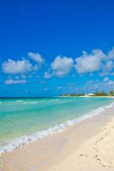 Deurstickers Strand Tropical Beach - Blue Sky and Sand.