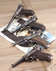 Pistole 08 Marine
