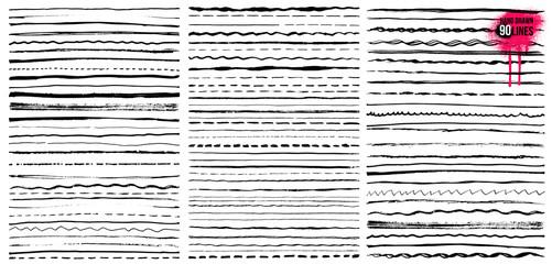 Set of Hand drawn doodle lines. Pen stroke sketch. Vintage underline border elements, cartoon frame set, pencil grunge decoration. Freehand drawing. Vector illustration. Isolated on white background.