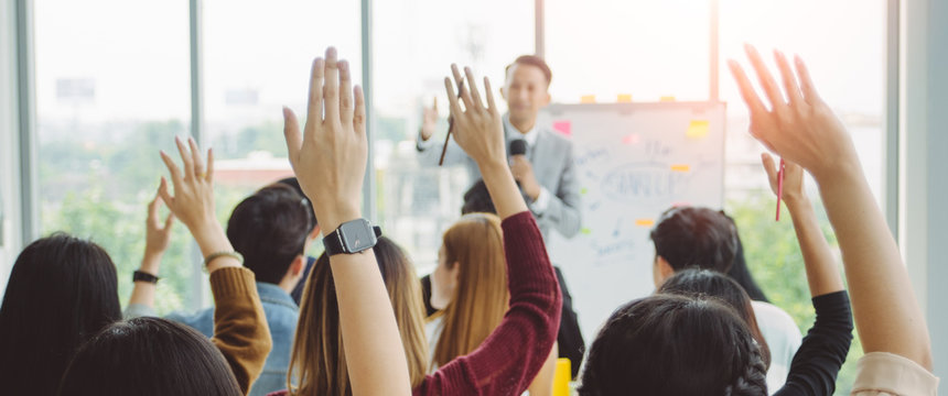 Business Corporate Conferences , Business Event Congratulated the success of the Organization. Human resource, Management. The Organization of Conferences, Event ,Seminars, Training.