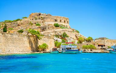 Spinalonga island is a popular tourist attraction in Crete, Greece. Fototapete