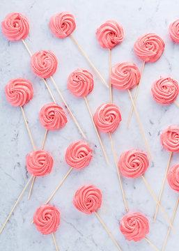 meringue swirl lollipops