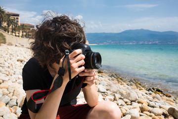 Fotograf macht Fotos am Meer