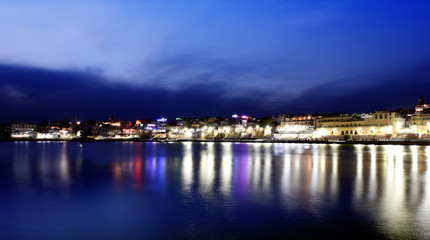 Fototapete - panorama night view to Pushkar city with holy lake in the center, Rajasthan, India